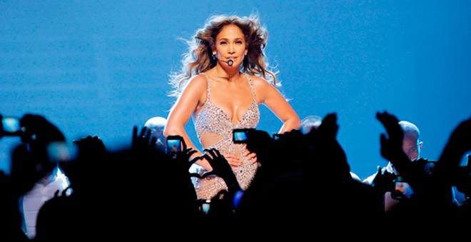Vem dançar de novo: Jennifer Lopez lança registros de turnê mundial