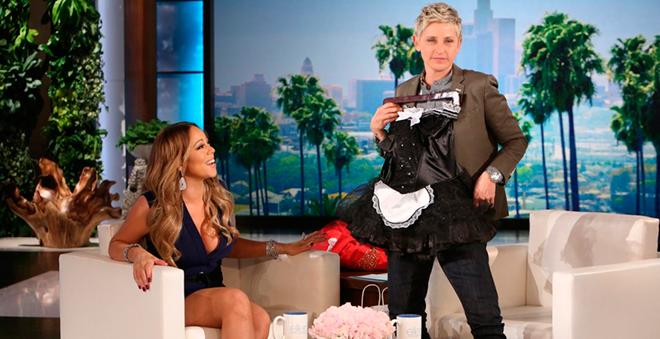 Olha como ela é acessível: Mariah Carey brinca de camareira e anuncia residência em Vegas