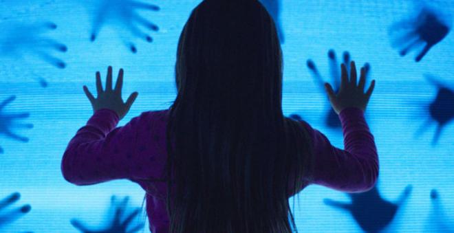 Poltergeist: remake ganha primeiro trailer, pôster e fotos inéditas!