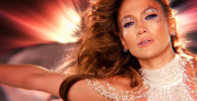 """Jennifer Lopez divulga o videoclipe de """"Feel The Light"""""""