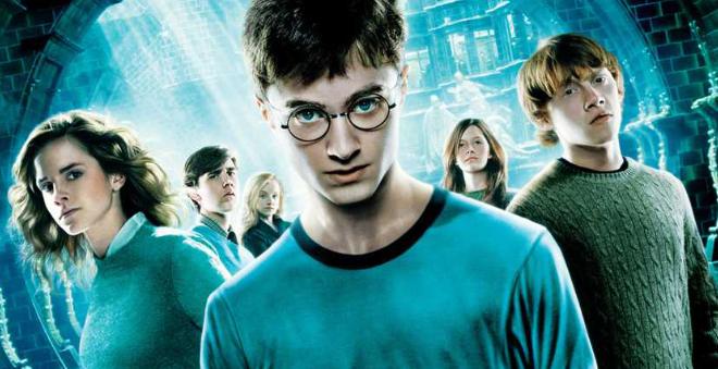 """'Harry Potter' ganha um livro """"cofre de personagens"""" e já tem capa lançada!"""