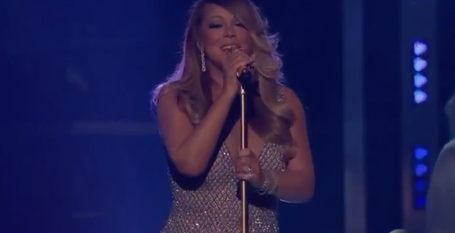 "Billboard Music Awards: Mariah Carey performa ""Vision of Love"" e ""Infinity"""