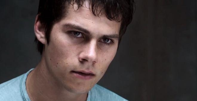 """Veja Dylan O'Brien em novos clipes de """"Maze Runner: Prova de Fogo"""""""
