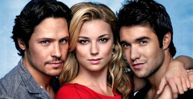 O canal ABC está planejando um spin-off da série Revenge!