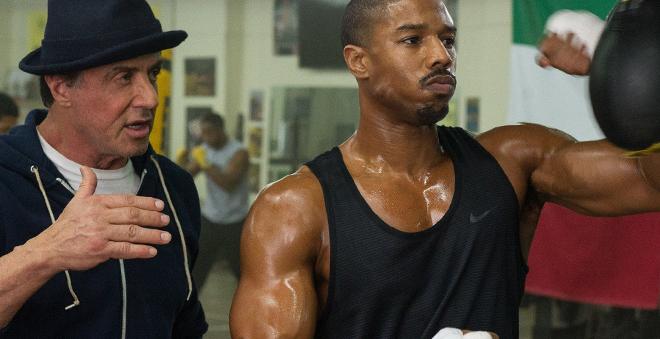 """Rocky Balboa treinando o filho de Apollo Creed em novo trailer de """"Creed"""""""