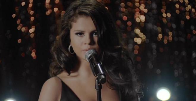 """Assista """"Same Old Love"""", o mais novo clipe da Selena Gomez"""