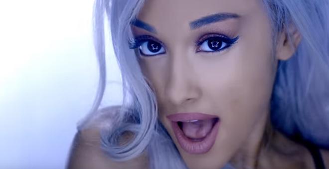 """Ariana Grande lança clipe dançante para """"Focus"""", seu novo single"""