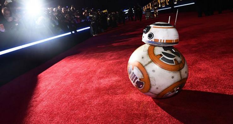 """Assista o tapete vermelho da pré-estreia de """"Star Wars: O Despertar da Força"""" ao vivo!"""