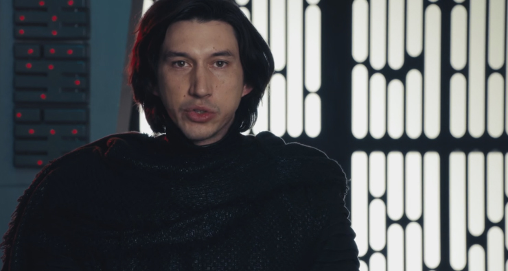 "Adam Driver, o Kylo Ren de ""Star Wars"", participa de paródias hilárias do Saturday Night Live"