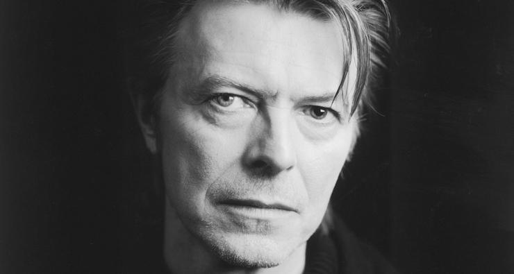 Site mostra o que David Bowie estava fazendo na sua idade; descubra!
