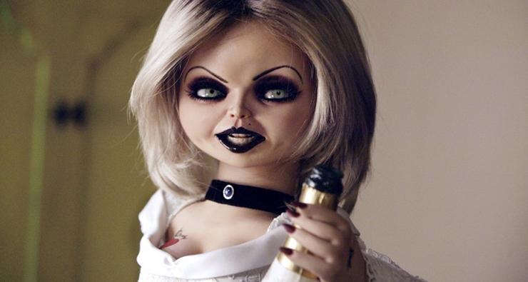 """A noiva de Chucky vai retornar no sétimo filme da franquia """"Brinquedo Assassino"""""""