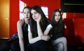 HAIM: Irmãs anunciam que lançarão novas músicas em breve!