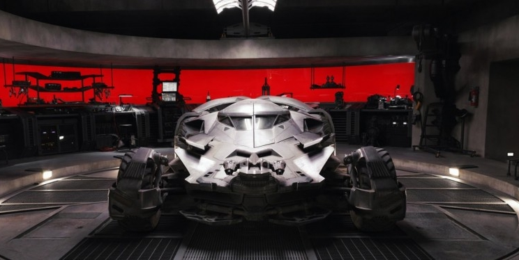 "Visite a batcaverna do filme ""Batman Vs Superman"" no Google Maps!"