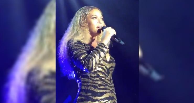 Beyoncé faz show em evento de caridade da escola de sua filha Blue Ivy