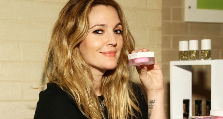 Drew Barrymore protagonizará nova série de comédia romântica da Netflix