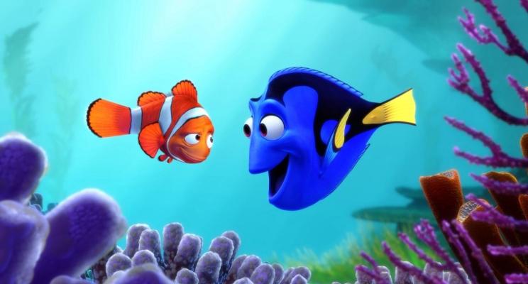"""Dory busca sua família e encontra velhos amigos em novo trailer de """"Procurando Dory"""""""