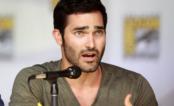 "Tyler Hoechlin, da série ""Teen Wolf"", será o Superman em ""Supergirl""!"