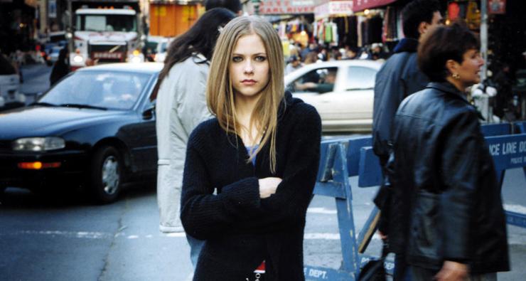 """""""Let Go"""", o primeiro álbum de Avril Lavigne, completa 14 anos hoje!"""