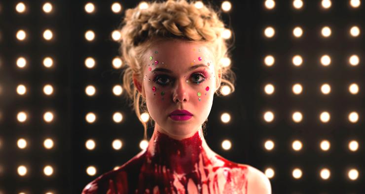 Terror com Elle Fanning e Keanu Reeves ganha canção original de Sia e Diplo; ouça!