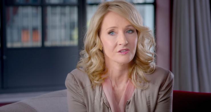 """J.K. Rowling comenta sobre """"Animais Fantásticos e Onde Habitam"""" em vídeo com cenas inéditas!"""