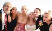 OMG! Taylor Swift comparece em casamento de fã e presenteia casal com pintura feita por ela