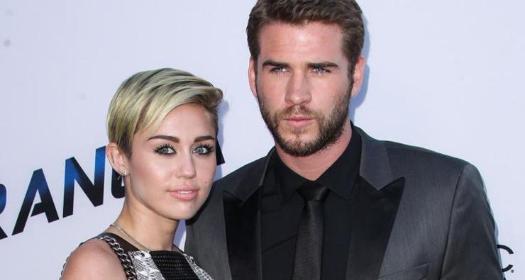 """""""As pessoas já sacaram"""", revela Liam Hemsworth sobre namoro com Miley Cyrus"""