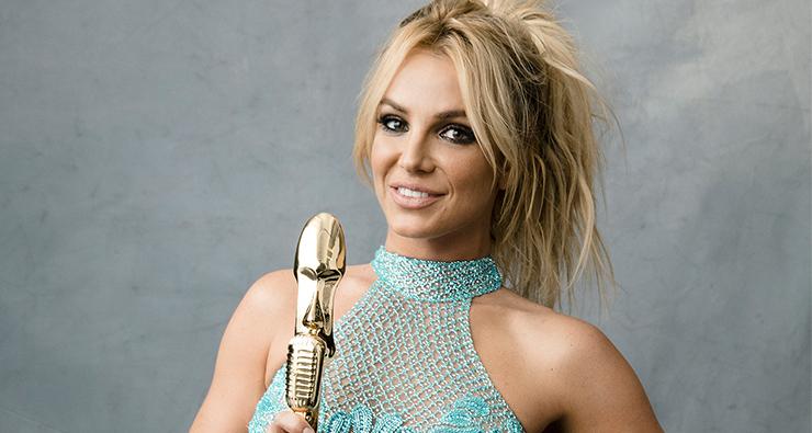 """Britney Spears posta prévia de """"Private Show"""" no Instagram"""