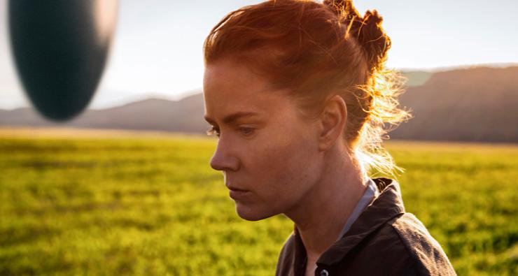 """Amy Adams faz contato com aliens em novo trailer de """"Arrival"""", filme de Denis Villeneuve"""