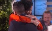[VÍDEO] Katy Perry se emociona ao encontrar fã sobrevivente do terrível ataque na boate Pulse
