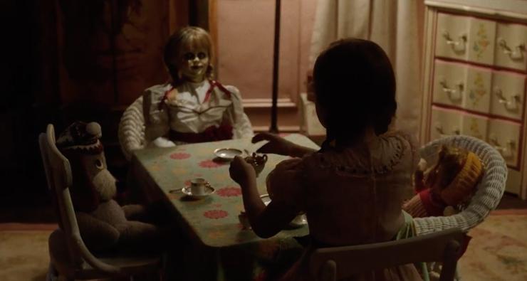 """O primeiro teaser de """"Annabelle 2"""" saiu e está ASSUSTADOR!"""