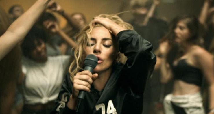 """Vem assistir ao clipe de """"Perfect Illusion"""", a nova música da Lady Gaga!"""