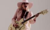 """Lady Gaga lança clipe de """"Million Reasons"""", continuação de """"Perfect Illusion""""; assista!"""