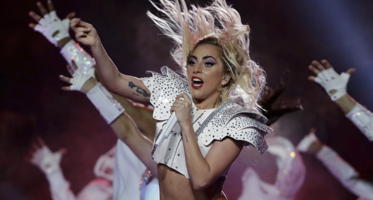 "Lady Gaga anuncia a ""Joanne World Tour"" e confirma presença no Rock in Rio 2017!"