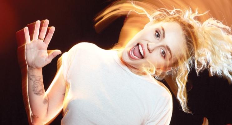 """Miley Cyrus dubla personagem em """"Guardiões da Galáxia Vol. 2"""", confirma diretor!"""