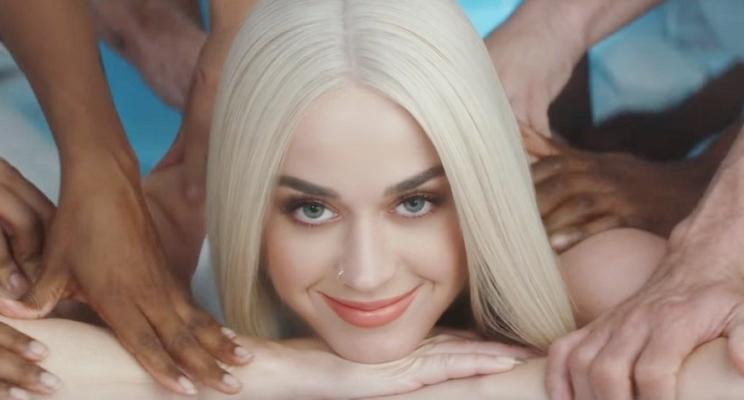 "De surpresa, Katy Perry lança o clipe de ""Bon Appétit""!"