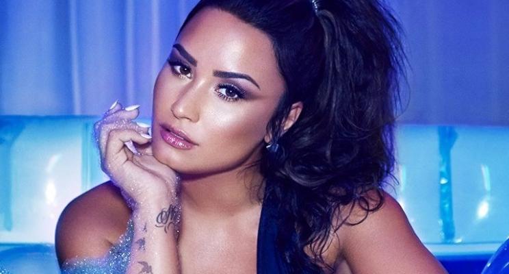 """Demi Lovato lança novo single """"Sorry Not Sorry"""" e escreve carta agradecendo o carinho dos fãs"""