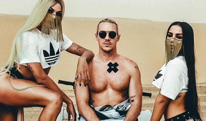 """SAIU! Assista o clipe de """"Sua Cara"""", música do Major Lazer em parceria com Anitta e Pabllo Vittar"""