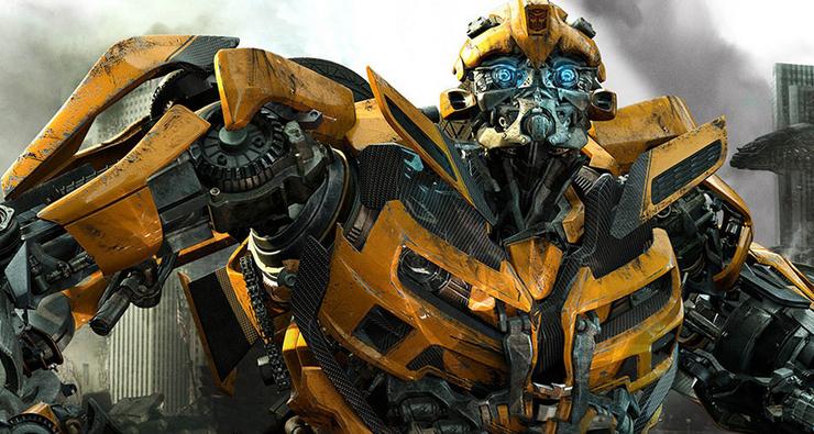 Diretor de Transformers fala sobre lançamento do spin-off de Bumblebee