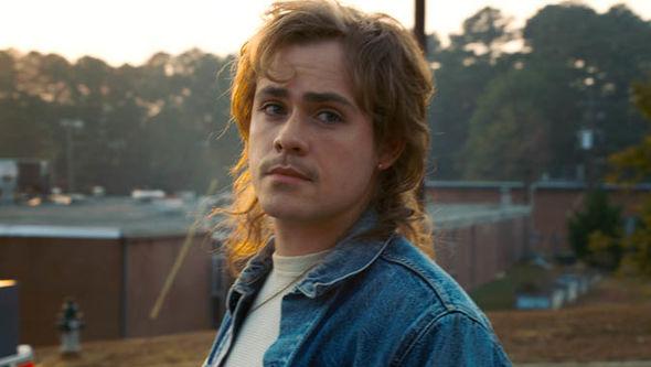 """Odiou o Billy de """"Stranger Things""""? Ele terá muito mais destaque na 3ª temporada!"""