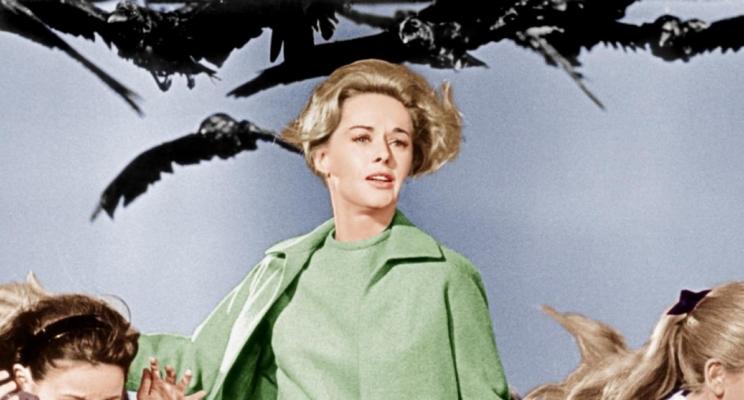 """Tippi Hedren relembra assédio de Alfred Hitchcock: """"Ele disse que arruinaria minha carreira"""""""